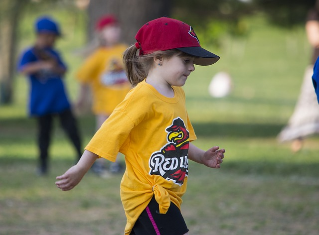 dívka při sportu